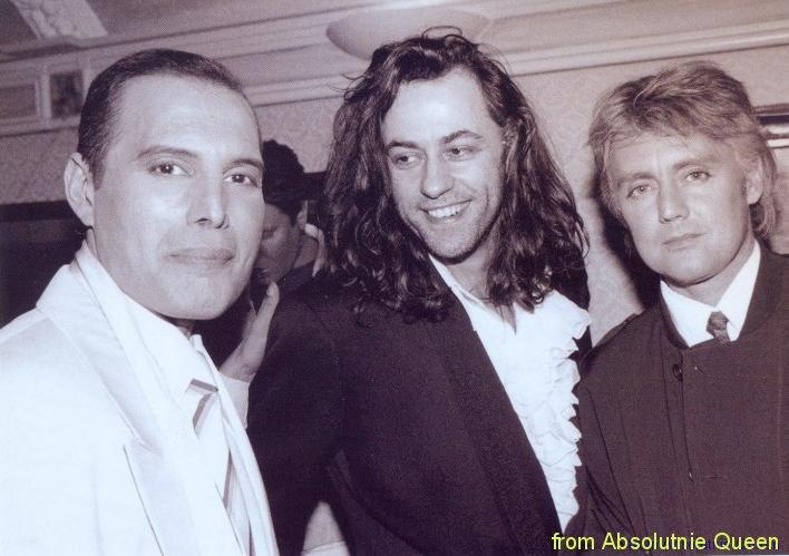 1990-02-19 Grochu Club - Freddie Mercury, Bob Geldof, Roger Taylor